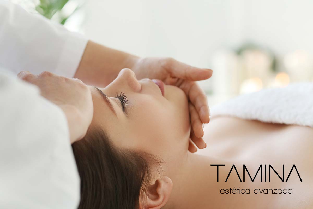 tamina-estetica-valencia-tratamientos-faciales-Masaje-Tam